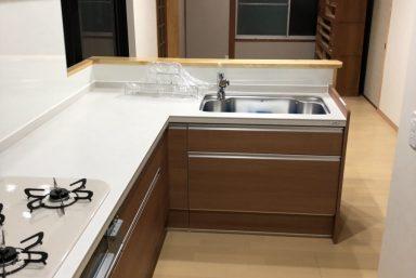 ライファ今治:キッチンリフォーム工事!リビングルームを広げていきます。