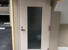 ライファ今治:今治市のマンションで網入りガラスの取り換え工事を紹介します。