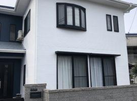 ライファ今治:アステックペイントジャパンの超低汚染リファイン「1000MF-IR」を使って外壁塗装が完工しました。