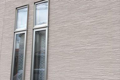 ライファ今治:汚れが目立ちにくい外壁の色は何色でしょうか?