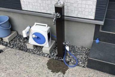 ライファ今治:庭にある散水栓を立水栓に交換。