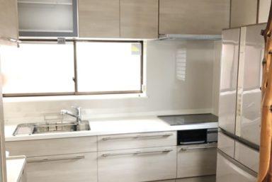 ライファ今治:キッチンリフォーム完成です。LIXILのリシェルに取り替えしました。