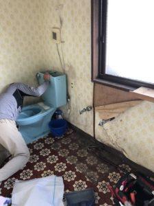 ライファ今治 トイレ交換 リフォーム リノベーション今治 LIXIL サティス 洗面化粧台