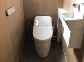 ライファ今治:和式兼用便器から手洗い付き洋便器にリフォーム。