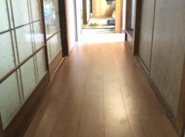 ライファ今治:廊下床フローリング上張り・洗面化粧台取り替えリフォーム工事